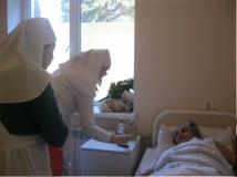 сестры-в-больнице-2