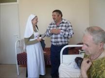 сестры-в-больнице-4