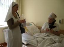 сестры-в-больнице-5